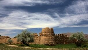Une ancienne Caravanserai (auberge) de l'antique cité de Golpayegan en Iran (CC BY ninara , Flickr)