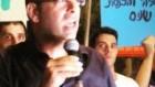 Zelekha protestant contre l'accord sur le gaz (Crédit : Youtube)