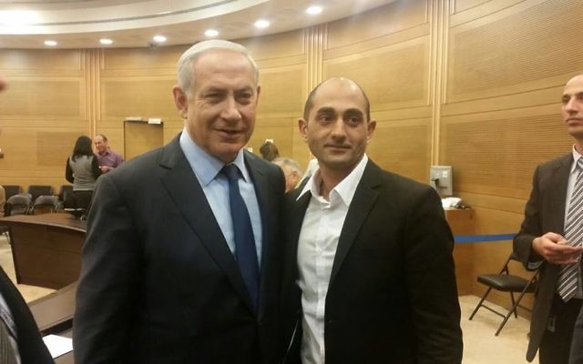 Benjamin Netanyahu et Yoni Zarka (Crédit : Yoni Zarka)