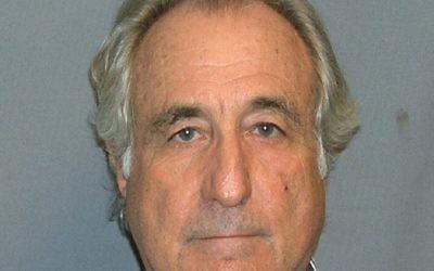 Bernard Madoff (Crédit : Domaine public/Wikimedia Commons)