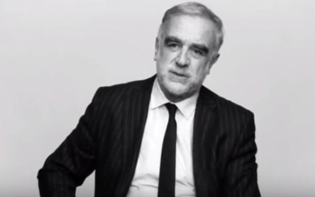 L'ancien procureur en chef de la cour pénale internationale, Luis Morano Ocampo (Crédit : capture d'écran YouTube/One on One series)