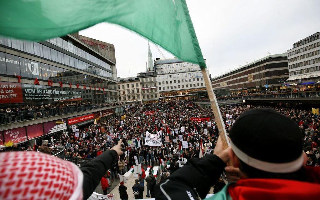 Photo d'une manifestation pro-palestinienne à Stockholm, en Suède, le 20 janvier 2009 (Crédit Miriam Alster / Flash90)