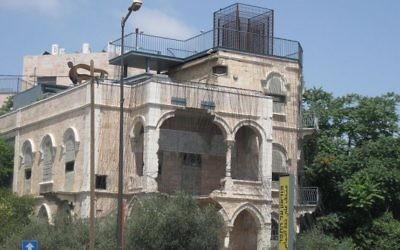 Le Musée sur la Ligne, situé dans une ancienne maison palestinienne qui est devenue un avant-poste militaire et plus tard un musée sur la coexistence et le dialogue (Photo: Avi Deror / CC-BY-SA-3.0)
