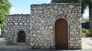 Fondée au 17ème siècle, la communauté Kahal Kadosh Nidhe Israel de La Barbade survécut jusqu'en 1929 quand Joshua Baeza, le dernier juif, vendit la synagogue et mis fin à 300 ans de présence juive sépharade. Ici, le mikveh historique. (Crédit : Ze'ev Portner/The Times of Israel)