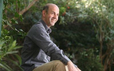 L'écrivain Amir Gutfreund à Tel Aviv le 31 décembre 2007 (Crédit photo: Yossi Zamir / Flash90)