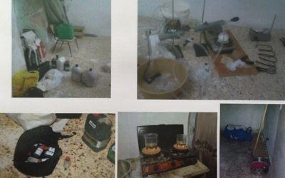 Les services de sécurité du Shin Bet ont publié des photos du laboratoire qui aurait été utilisé par les agents du Hamas pour créer des explosifs pour des attaques suicides ou à la voiture piégée. Cisjordanie, le 23 décembre 2015. (Crédit : autorisation)