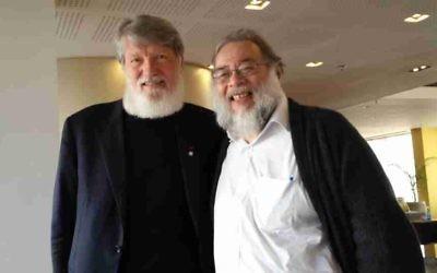 Pedro Opeka et Henri Cohen Solal (Crédit : Simona Weinglass/The Times of Israel)