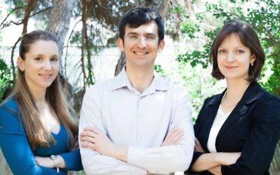 (G à D) Les co-fondateurs de LabSuit Helen Rabinovitz, Alex Domeshek et Ira Blekhman