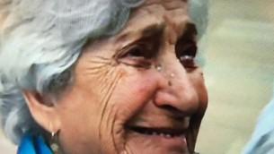 Rachel Elkayam à l'aéroport Ben Gourion, Décembre 2015 (Capture d'écran Deuxième chaîne)
