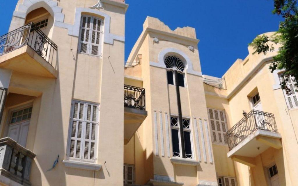 L'extravagante Palm Tree House au n ° 8 de Nahalat Binyamin, Tel Aviv (Crédit : Shmuel Bar-Am)