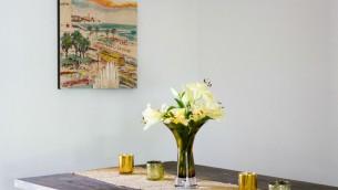 Israel Framed vend des photographies et des peintures murales d'Israël qui dépeignent le pays sous une lumière positive. (Crédit : autorisation)
