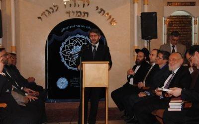 Haim Korsia à la synagogue de Vincennes (Crédit : Charlotte Guimbert)