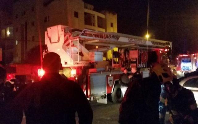 Incendie dans les locaux de B'Tselem, à Jérusalem, le 10 janvier 2016 (Crédit : Hagai Elad, B'tselem)