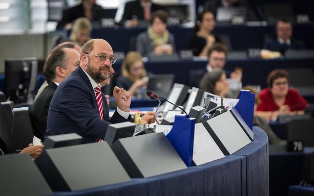 Martin Schulz au Parlement européen à Strasbourg 1er juillet 2014 (Crédit : Claude Truong-Ngoc / Wikimedia Commons - cc-by-sa-3.0)