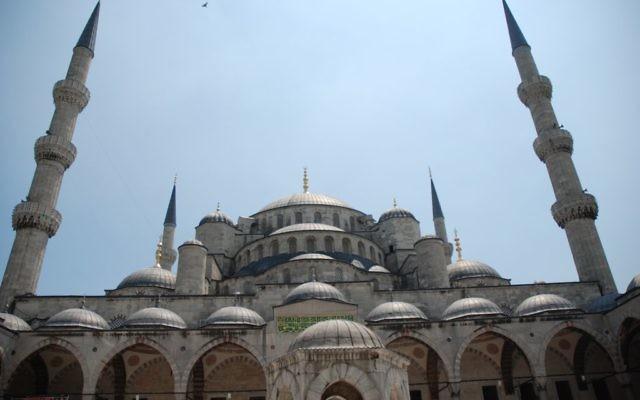 Le site touristique de Sultanahmet au coeur d'Istanbul en 2008 (Crédit :Cemg/Wikimedia commons/CC BY SA 3.0)