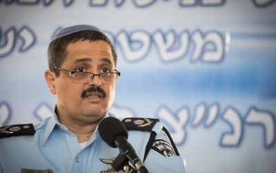 Roni Alsheich, chef de la police, au siège de la police israélienne  à Jérusalem, le 3 décembre 2015. (Crédit : Hadas Parush/Flash90)
