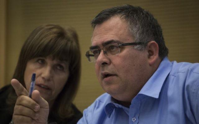 David Bitan à la Knesset, le 26 octobre 2015. (Crédit : Hadas Parush/Flash90)
