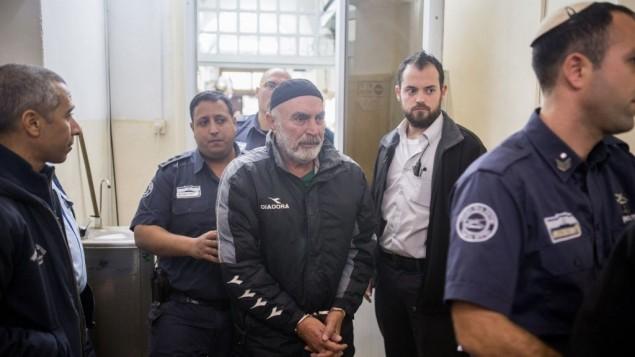 L'activiste israélien de gauche Ezra Nawi, au tribunal de Jérusalem le 20 janvier 2016. (Crédit : Yonatan Sindel/Flash90)