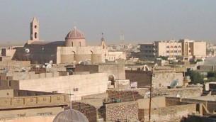 La ville irakienne du nord de Qaraqosh, avant l'invasion par l'Etat islamique. (Crédit : Wikicommons media/Chaldean)