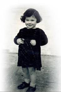Joanna Millan, survivante de l'Holocauste, petite fille. (Crédit : autorisation)