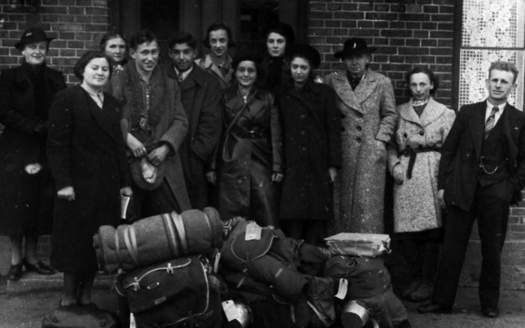 """Un groupe de la """"Ligue des Enfants"""" à leur arrivée au Danemark en 1939. (autorisation)"""
