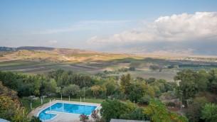 Vue depuis l'hôtel Kfar Giladi (Crédit : Dror Miller)