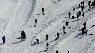L'une des 14 pistes de ski au mont Hermon, 21 janvier 2016 (Crédit : Thomas Coex/AFP)