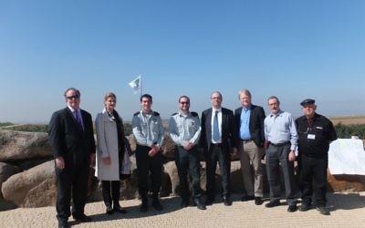 La délégation européenne à la frontière avec Gaza (Crédit :  B'nai B'rith)