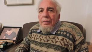 Albert Ely, 79 ans, a dirigé le programme des volontaires de kibbutz quand Sanders était à Shaar-Haamakim. Il ne se souvient pas spécifiquement de Sanders , mais se souvient qu'il y avait un Américain nommé Bernard (Photo: Ben Sales / JTA)
