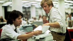 """Dustin Hoffman et Robert Redford dans """"Les hommes du président"""". (capture d'écran)"""