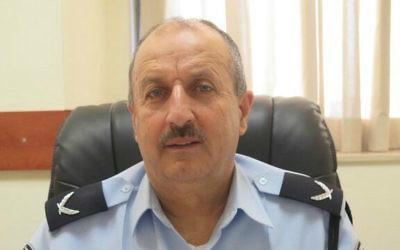 Jamal Hakrush devrait devenir le premier Arabe musulman à s'élever au rang de commissaire adjoint de la police israélienne, le 11 février 2016 (Crédit : police israélienne)