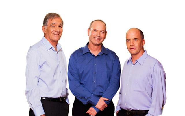 (De gauche à droite)  Shmuel Shilo, un partenaire fondateur de l'ISF ; Dror Glass, un fondateur associé ; Nir Linchevski, un associé principal (Crédit : Autorisation)