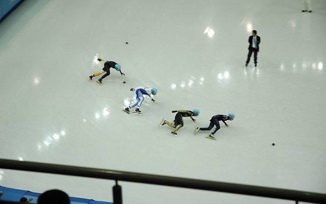 Patinage de vitesse - Jeux Olympiques 2014 - Vladislav Bykanov (Crédit : Wikipédia/CC)