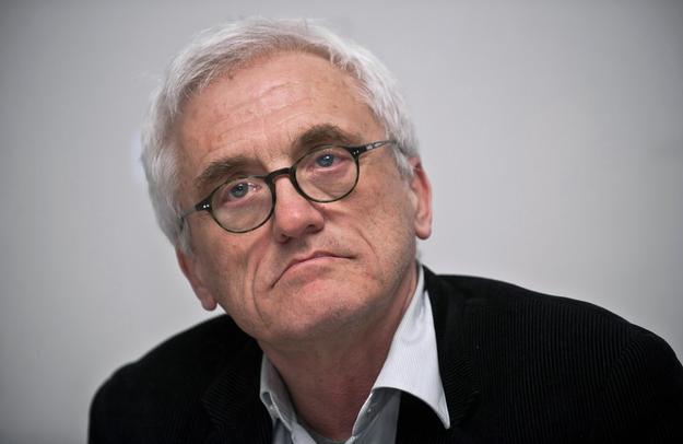 """L'auteur polonais Jan Tomasz Gross, auteur en 2001 du libre """"Voisins"""" sur les meurtres des juifs de Jedwabne par leurs voisins polonais. (Crédit : East News)"""