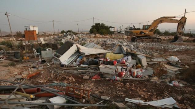 Maisons détruites dans l'avant-poste illégal de Migron, en Cisjordanie, le 12 septembre 2012. (Crédit : Oren Nahshon/Flash90)