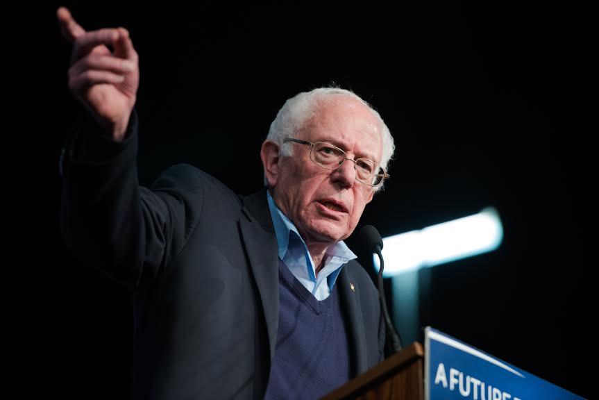 Le candidat démocrate, le sénateur Bernard Sanders, à Manchester, New Hampshire, le 8 février 2016. (Crédit : Meredith Dake-O'Connor / CQ Roll Call via JTA)