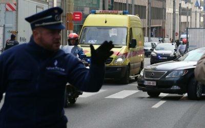 Rue de la Loi près de la station de métro Maalbeek à Bruxelles, le 22 mars 2016 (Crédit : AFP / Belga / NICOLAS MAETERLINCK / Belgium OUT)