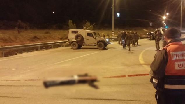 Scène d'une tentative d'attaque au couteau près du carrefour du Gush Etzion en Cisjordanie, le 7 janvier 2016. (Crédit : conseil régional du Gush Etzion)