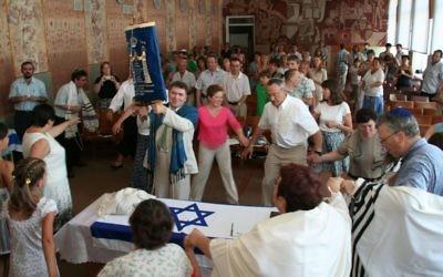 Une congregation réformée à Cherkasy, Ukraine (Autorisation : Rabbi Alexander Dukhovny)