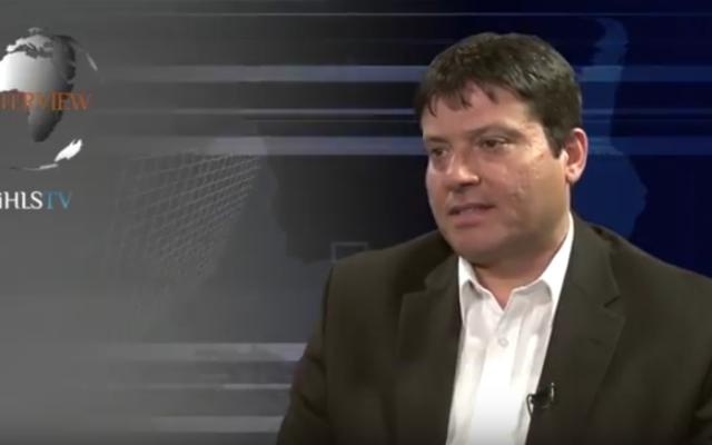 Moshe Patel, le nouveau chef du programme de défense antimissile d'Israël (Crédit : Capture d'écran YouTube)