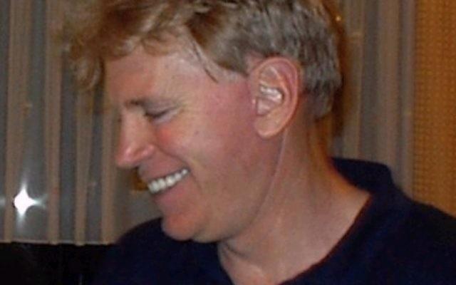 David Duke, ancien représentant du KKK, leader de la suprématie blanche, en Allemagne en 2002. (Crédit : Aubignosc, CC BY-SA 3.0, via WikiCommons)