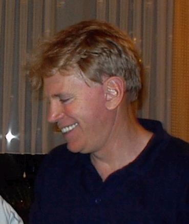 David Duke, ancien chef du KKK, leader de la suprématie blanche, en Allemagne en 2002. (Crédit : Aubignosc, CC BY-SA 3.0, via WikiCommons)