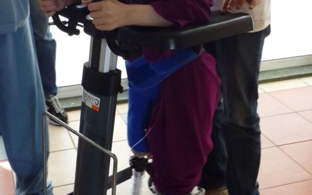 Une jeune fille syrienne traitée à l'hôpital Ziv à Safed (Crédit: Autorisation Hôpital Ziv)