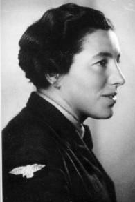 Haviva Reick, un parachutiste qui a été tuée au cours de son service dans l'armée britannique pendant la Seconde Guerre mondiale (Crédit : Autorisation Wiki Commons)