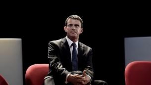 Manuel Valls pendant un débat sur l'islam radical, le 4 avril 2016. (Crédit : Lionel Bonaventure/AFP)