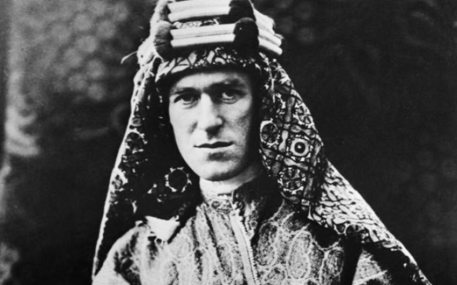 T. E. Lawrence, dit Lawrence d'Arabie. (Crédit : Lowell Thomas, Wikimedia Commons)