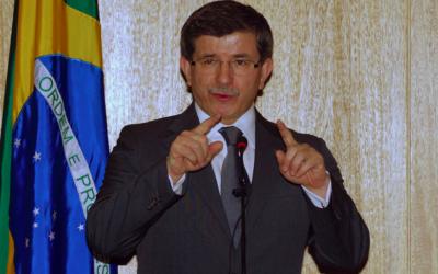 Ahmet Davutoglu, premier ministre de la Turquie, au Brésil (Crédit : Agencia Brasil/Renato Araújo/ABr)