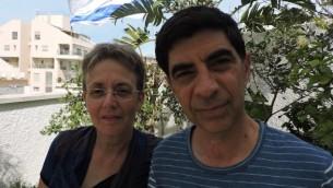 Leah et Simcha Goldin se sont lancés dans une campagne incessante pour retrouver le corps de leur fils, Hadar. Il a été capturé et tué pendant un affrontement dans le sud de la bande de Gaza le 1er août 2014. (Crédit : JTA/Ben Sales)