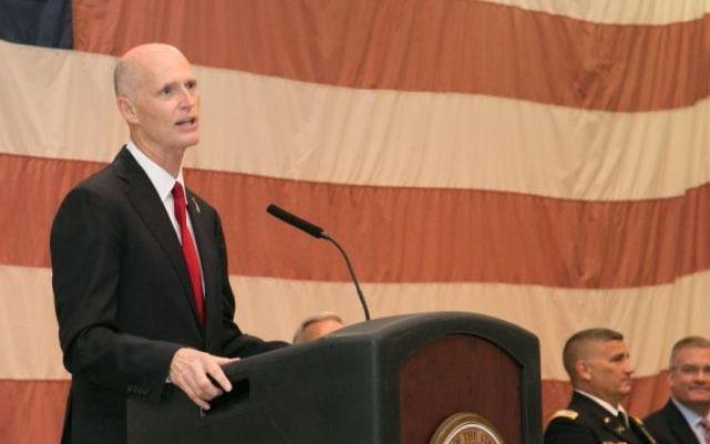 Le gouverneur de Floride, Rick Scott, durant un discours, en 2014. (Crédit photo : Wikimedia/Pubic domain)