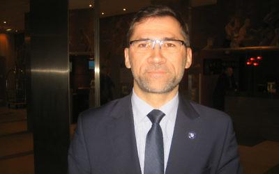 Sebastian Rejak, envoyé spécial de la Pologne pour les relations avec la diaspora juive (Crédit : Autorisation)